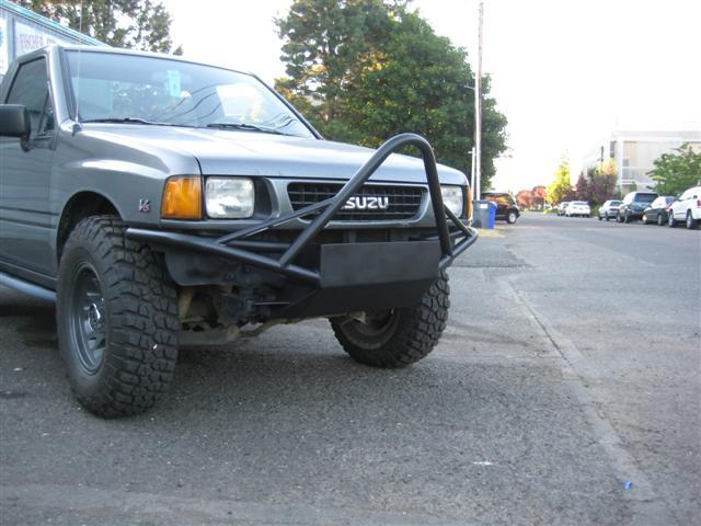 1992 Isuzu Pickup 4x4 V6 - ARB Expedition Build - Little Gray