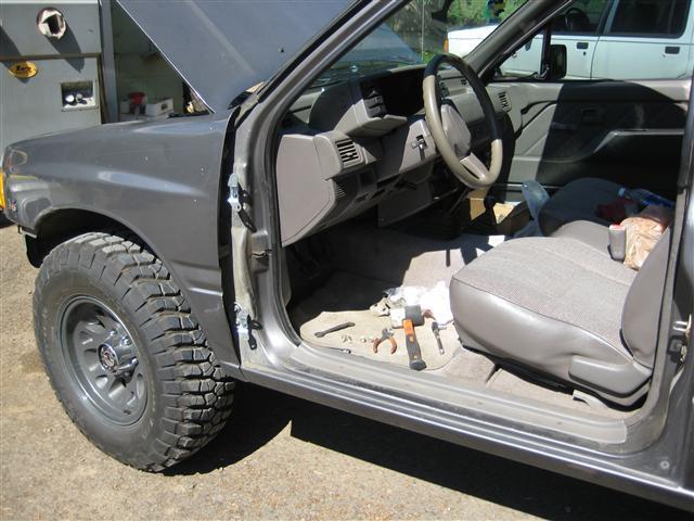 1992 Isuzu Pickup 4x4 V6 Arb Lockers Exo Roof Tent