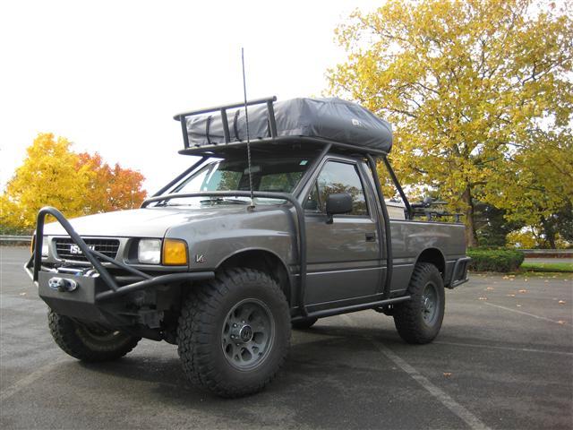 1992 Isuzu Pickup 4x4 V6 - Arb Lockers  Roof Tent